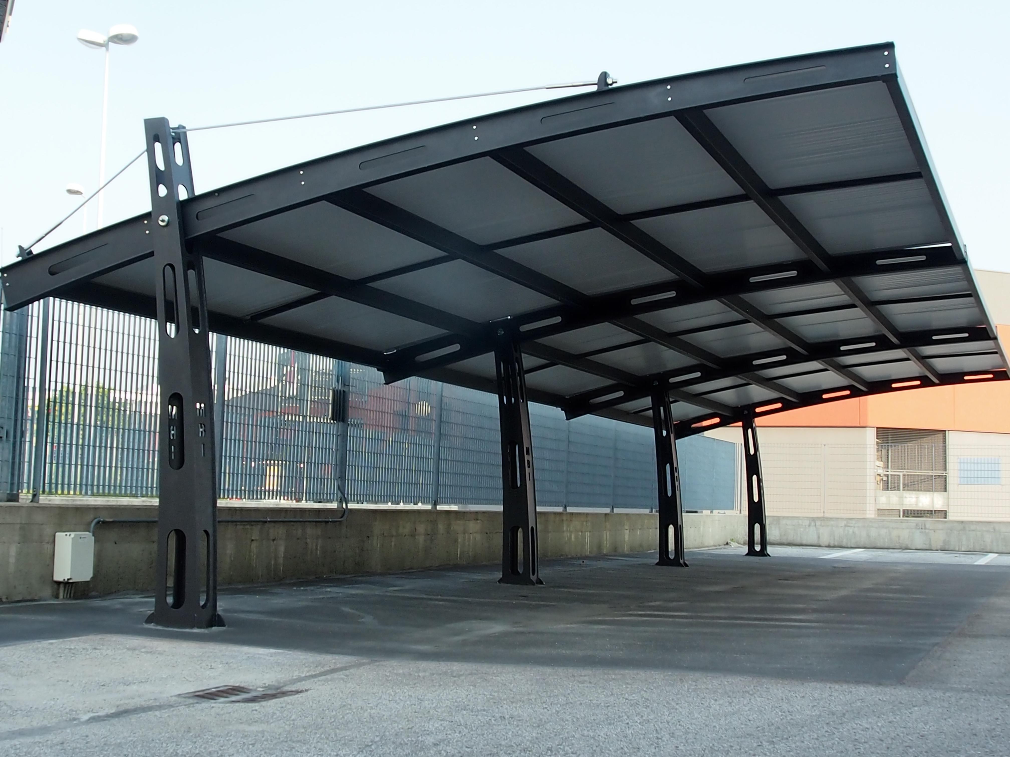 Carport In Acciaio E In Alluminio Pe Tra Srl